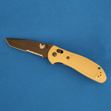 Benchmade Griptilian, Black Tanto Combo Edge S30V Blade, 553SBKSN-S30V front