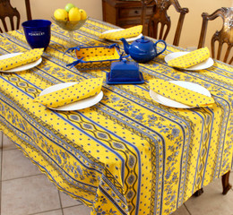 Marat Avignon Yellow French Tablecloth 155x200cm 6Seats COATED Made in France