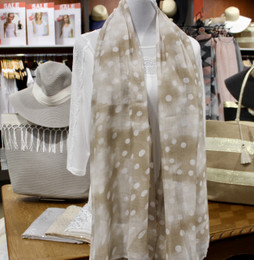 Ombre Dots Beige Shawl