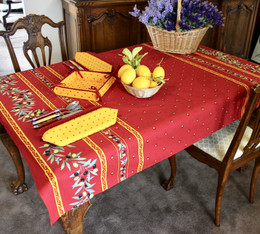 Ramatuelle Red 155x120cm  4-6Seats Small Tablecloth Made in France