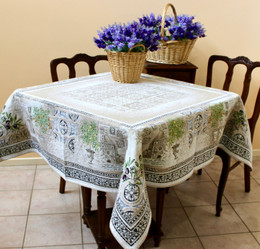 Riviera 145 x 145cm Heave French Jacquard Tapestry Style Tablecloth/Throw