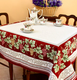 Vendanges Red 145 x 145cm Heave French Jacquard Tapestry Style Tablecloth/Throw