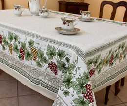Vendanges Ecru 145 x 260cm Heave French Jacquard Tapestry Style Tablecloth/Throw