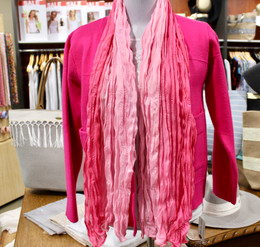 Wrinkle Scarf Ombre Pink