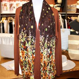 Wrinkle Scarf Polka Flowers Brown