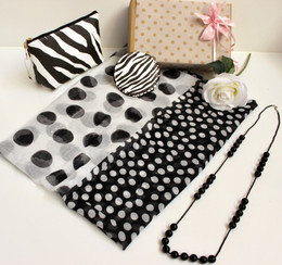 GIFTBOX for Her - Polka Black 005