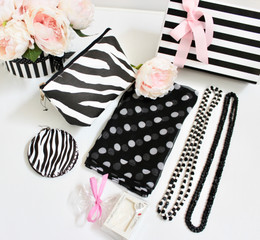 GIFTBOX for Her - Polka Black 020