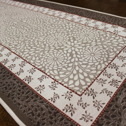 Aubrac-Red French Thick Jacquard Table Runner Made in France