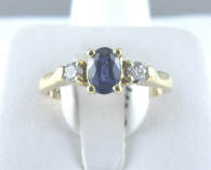 Three Stone Sapphire & Diamond Ring, in 18kt Yellow Gold