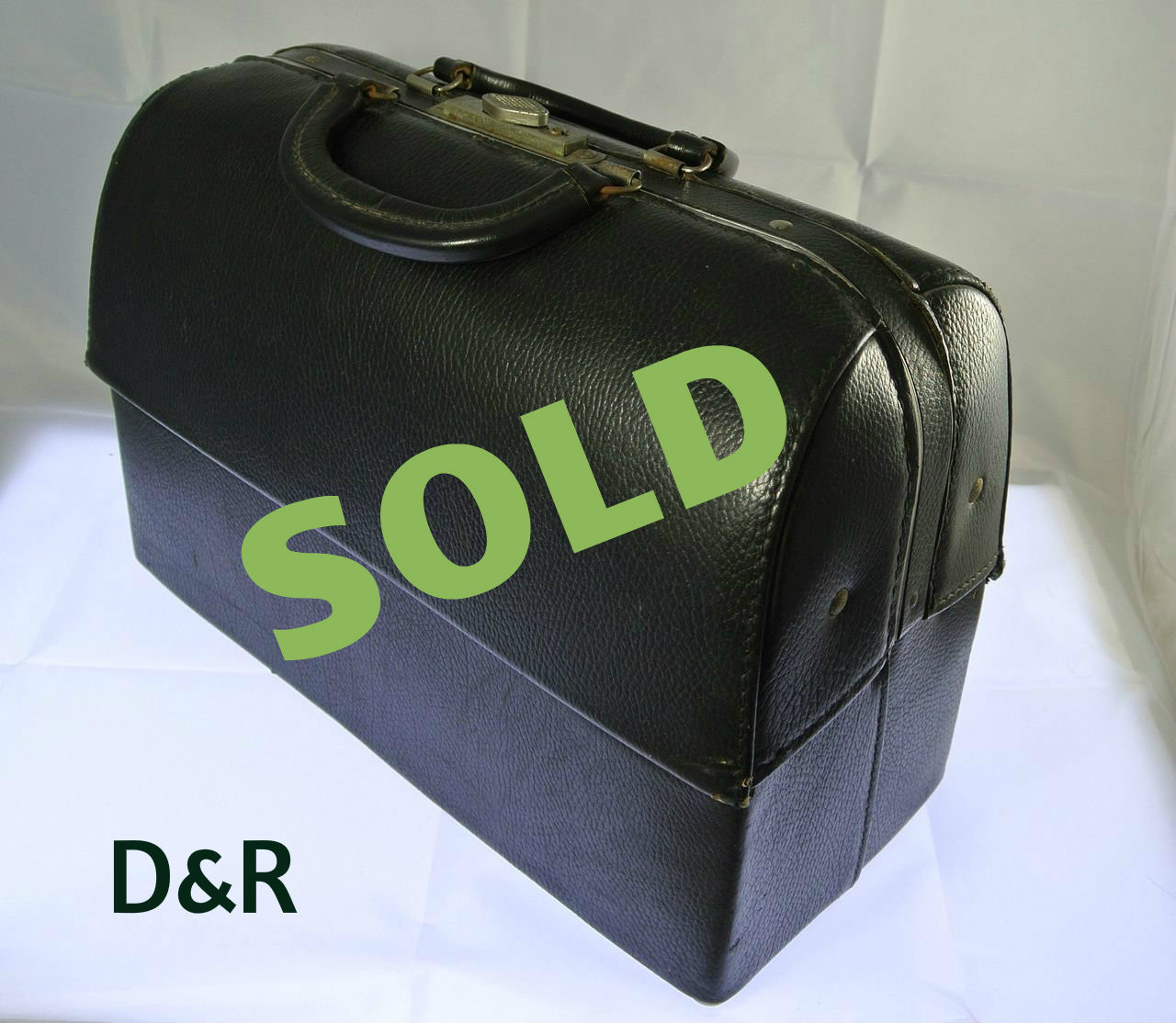2163db49ea Vintage EMDEE Leather Doctor Bag with Surgical Instruments by Schell ...