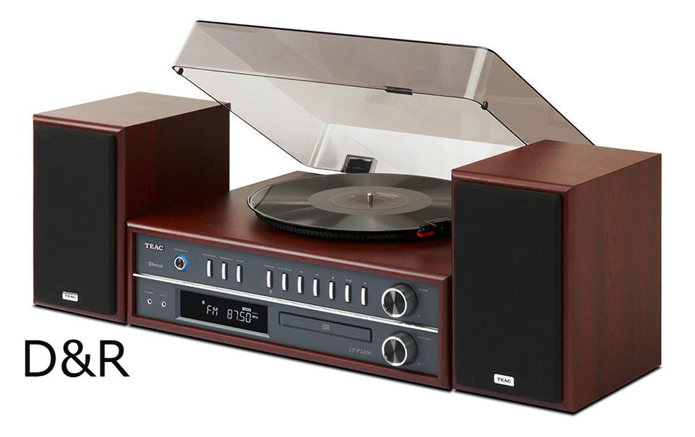 Retro Teac Turntable Stereo System with CD/Radio/Bluetooth