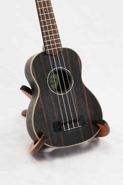 Kala KA-EBY-S Ebony Soprano body view