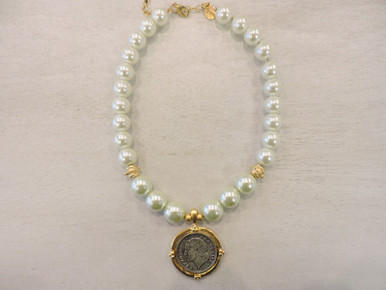 Susan Shaw Pearl Necklace
