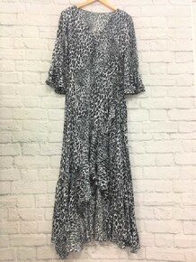 **SOLD OUT** Black and White Leoapard Maxi