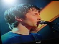 "James Blunt singing ""Your Beautiful"""
