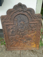 Cast Iron fire back, 1800 circa lovely condition, Architectural Salvage