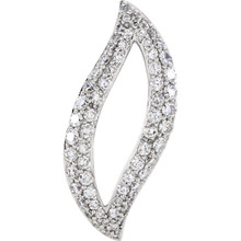 "Beautiful 14Kt white gold necklace featuring white shimmering diamonds with 1 carat of diamonds hanging from a 18"" inch chain which is included."