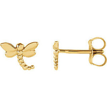 These sweet and whimsical dragonfly stud earrings perch delicately on your earlobes, wings spread as though caught in a moment of whimsy. Dragonflies can represent transformation and lightness of being - these delicate studs can be a reminder of adaptability and joy.