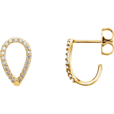 Simple and stylish, you're right on trend with these geometric earrings. Set in 14kt yellow gold with 42 sparkly diamonds weighing .20 ct tw.