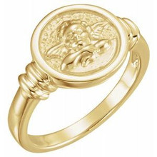 With a charming golden guardian angel to watch over you, this ring is a beautiful, comforting addition to any outfit.