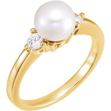Akoya Cultured Pearl & 1/6 ctw Diamond Ring In 14K Yellow Gold