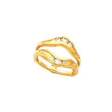 Product Specification  Quality: 14K Yellow Gold  Jewelry State: Complete With Stone  Total Carat Weight: 1/4  Ring Size: 06.00  Stone Type: Diamond  Stone Shape: Round  Stone Color: G-H  Stone Clarity: SI2-SI3  Weight: 4.46 grams  Finished State: Polished