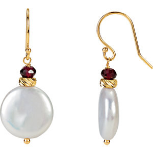 This sophisticated pair of 13.00-14.00mm white freshwater cultured pearl & garnet earrings are a perfect accent to any outfit! These earrings are set in 14k yellow gold.