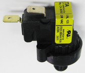 CUSTOM MOLDED PRODUCTS | PRESSURE SWITCH, 1/2 PSI | 70-02315