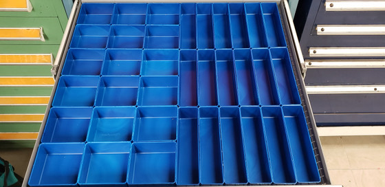 18 4x4x2 Blue plastic drawer tool cups 18 2x8x2 Blue plastic drawer tool cups