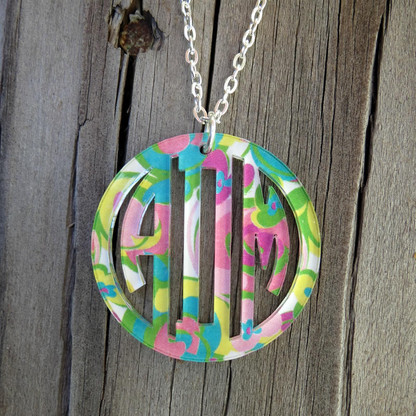 Bordered Circle Monogram Pendent Necklace - Mary Beth Goodwin Pattern