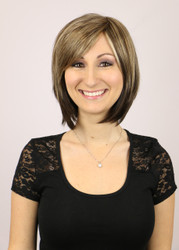 Vicki Mono Short Wig in Chocolate Frost.