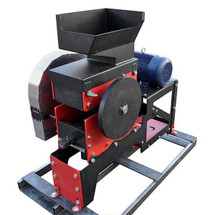 10in Jaw Crusher w/ 18hp Diesel Engine