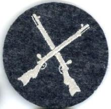 WW2 LUFTWAFFE FLIGHT & AIR SIGNALS ARMORERS Sleeve Insignia (921F07330)