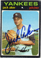 JACK AKER NEW YORK YANKEES AUTOGRAPHED VINTAGE BASEBALL CARD #41513i