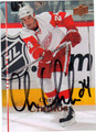 CHRIS CHELIOS AUTOGRAPHED HOCKEY CARD #92612C