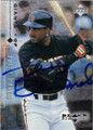 BARRY BONDS SAN FRANCISCO GIANTS AUTOGRAPHED BASEBALL CARD #22114Q