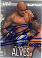 THIAGO ALVES UFC MIXED MARTIAL ARTIST AITPGRAPHED CARD #113014H