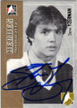 STEVE YZERMAN DETROIT RED WINGS AUTOGRAPHED HOCKEY CARD #20315F