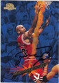 MICHAEL JORDAN CHICAGO BULLS AUTOGRAPHED BASKETBALL CARD #73115D