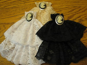 Lace Jabot with Cameo Pin