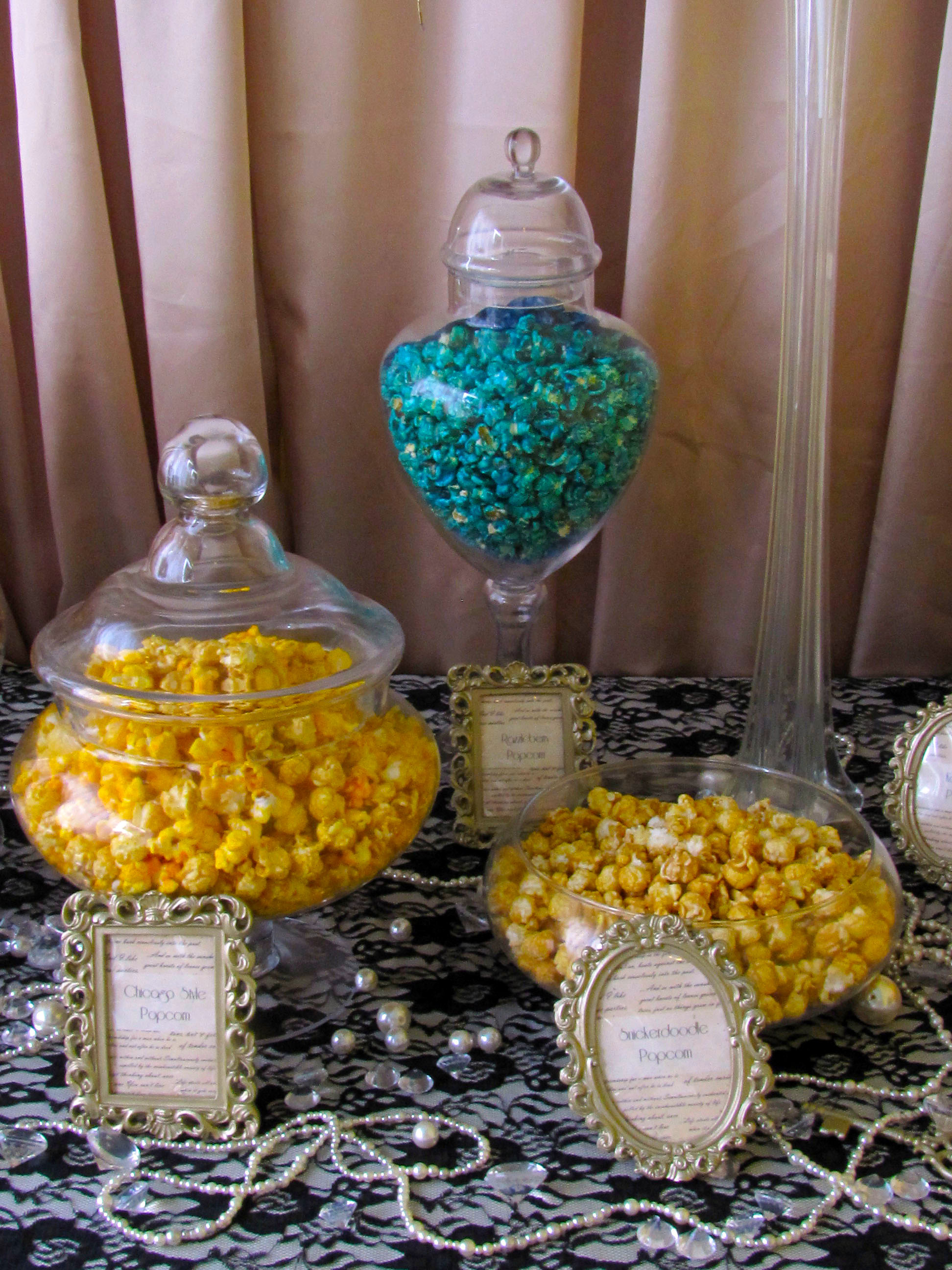 gatsby-1920-s-wedding-popcorn-bar.jpg
