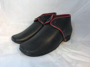 Front/side view of Arabia shoe