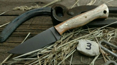 Battle Horse Knives - Custom Classic Stallion - Fantastic Giraffe Bone with Black Liners (3)
