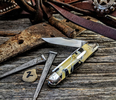 GEC - Tidioute - Stockyard Whittler - Grits with Butter and Molasses Acrylic  Handles - 2- NEW