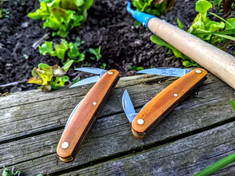 Great Eastern Cutlery  Farm and Field  Pocket Carver  - Natural Linen Micarta Handles  - NEW