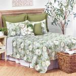 C&F Magnolia Garden Quilt Set
