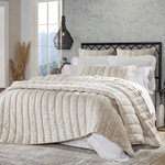 Orchids Lux Home Gatsby Quilt - Champagne