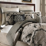 Croscill Augusta Queen Comforter Set