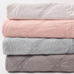 Amity Home Kinsley Quilt - Grey