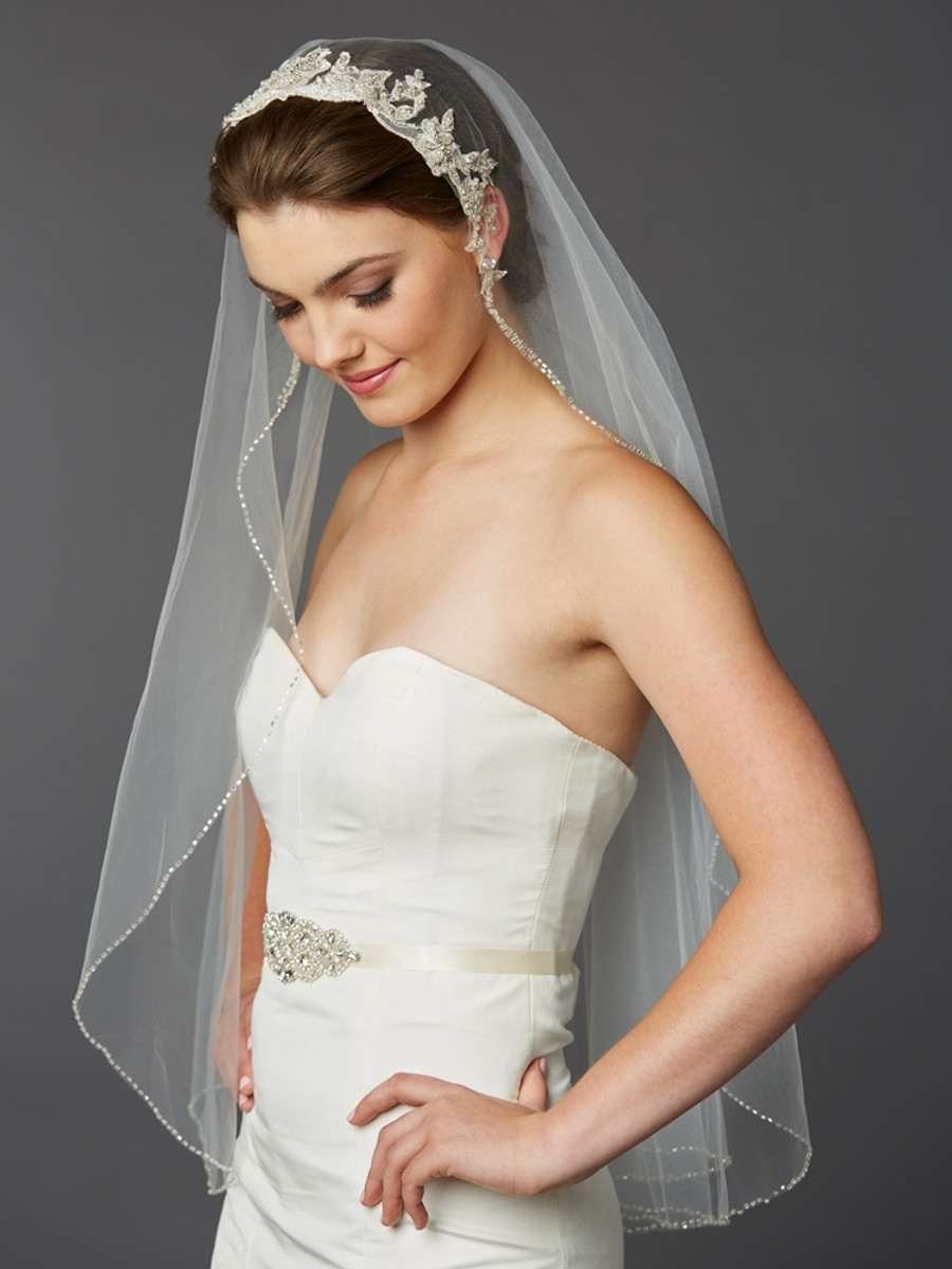 1 Layer Fingertip Bridal Veil With Embroidered Silver Lace